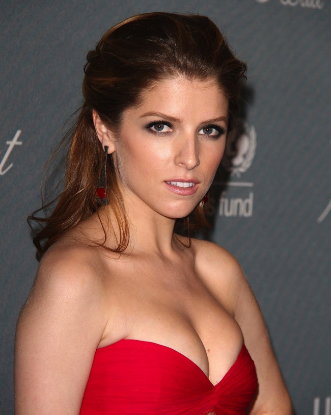 Anna kendrick cleavage confirm. agree