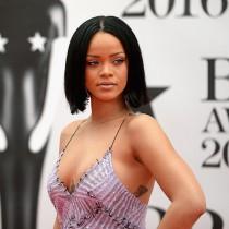 Hot celeb ass in porno : Rihanna sex comics